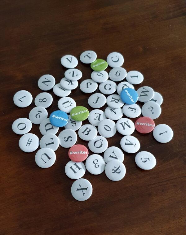Buchstaben-Buttons Serif